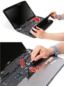 Снимаем клавиатуру.